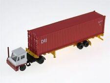 KATO (N-Scale) #31-620 White Yard Tractor w/CAI Container - NIB