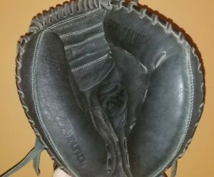"Mizuno Catcher's Baseball Glove Leather GXC 95Y Black 33"" RHT *EXCELLENT*"