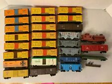 TA757- Mixed Lot Of Tyco HO Scale Freight Trains