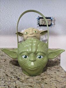 Star Wars Yoda Halloween Trick or Treat Plastic Candy Bucket & Talking Yoda 2017