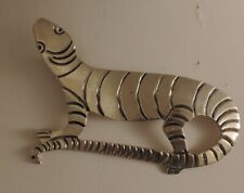 (or maybe T5-01) (14.38 grams) Mexican sterling lizard pin Ts-01