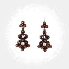 Vintage garnet flower earrings with accenting seed pearls // ГРАНАТ