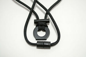Breakaway Fire Starter Necklace With 380lb Paracord Survival Cord