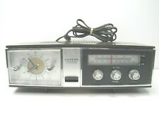 Vintage LLOYDS FM AM Dial Clock Radio Alarm 9J42G-37A Wood Grain Brown Fun WORKS