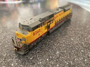 Kato N Scale Union Pacific SD90/43