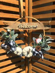 Welcome Wreath Farmhouse Home Decor Wall Hanging