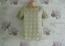 """""""FEVER """" GORGEOUS GOLD SPARKLE SHORT SLEEVE CROCHET OCCASION TOP SIZE 8 (10)"""