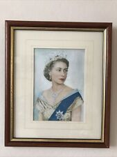Picture Of The Queen Elizabeth II In Brown Wood Frame With Gold Inset