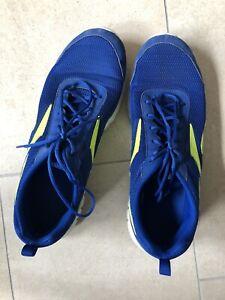 Reebok Sportschuhe Gr. 46, Blau