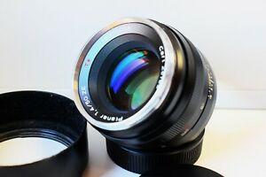 Carl Zeiss Planar 50mm  f/1.4 ZE RED T* Japan lens for Canon EF mount