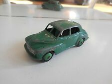 Dinky Toys Morris Oxford in Green