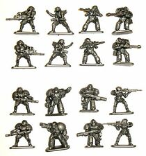 Invasion Heavy Infantry set of 16 plastic toy soldiers Tehnolog