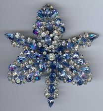 SCHIAPARELLI LARGE VINTAGE BLUE RHINESTONE LAYERED ORCHID FLOWER PIN BROOCH