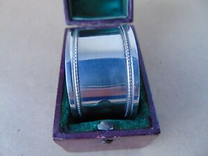 EXCELLENT BEAUTIFUL ANTIQUE STERLING SILVER BEADED NAPKIN RING 1918