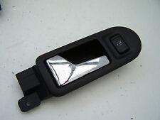 VW Passat Berlina (2001-2005) Anteriore Sinistro Maniglia Porta Interna con Interruttore di finestra
