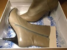 Nine West Leather Grey Ankle Heel Boots US 8 UK 5.5 / 6 Worn a couple of times.