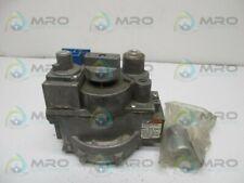 HONEYWELL V800A5006 PNEUMATIC GAS VALVE * USED *