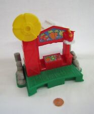 Fisher Price Little People FARM PRODUCE STAND w/ SPINNING WINDMILL for BARN Rare