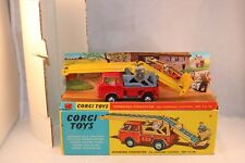 Corgi Toys 64 Working Conveyor on forward control Jeep F.C.-150 with all packing