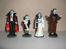 THE MUNSTERS SET OF 4 PVC FIGURES BY HAMILTON GIFTS NEW RARE
