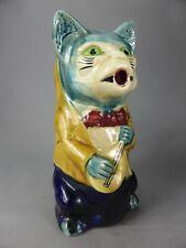 TRES BEAU PICHET CHAT MUSICIEN CRUCHE CERAMIQUE BARBOTINE JUG CAT CERAMIC 961