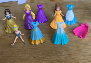 Disney Princess Magiclip Magic Clip Dolls Rapunzel, Snow White, Belle, Cinders..