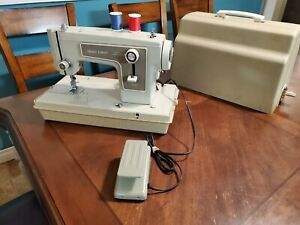Kenmore Model 148.12200 Portable Free Arm Zig zag Sewing Machine Made In Japan