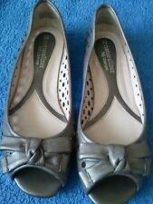 Women's Naturalizer 'Potion' Metallic shoes size 4