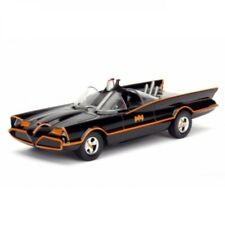 Batman Diecast Model 1/32 1966 Classic TV Series Batmobile by Jada Toys
