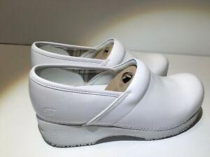 Skechers Women's (712) Slip Resistant Lightweight Work Leather Clog 76501