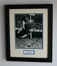FRAMED Gordon Banks Leicester City Hand SIGNED Autograph Photo Mount COA Proof