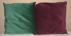 "Set Burgundy & Emerald Green 21"" x 21"" Throw Pillows EC!"