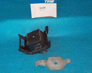 1965 1972 GM I6 V8 Engine Mount TRW 82284 3866247 1237010 1237020