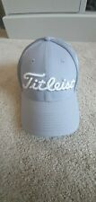 Titleist Pro V1 GOLF Hat Grey XL