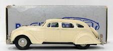 Véhicules miniatures en métal blanc pour Chrysler