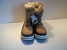 UNIVERSAL THREAD WOMEN'S MICROSUEDE SHORT WINTER BOOT COLOR TAN SIZE 8W