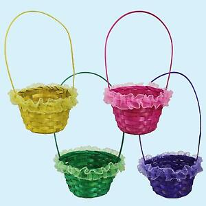 Easter Arts & Craft Decorations Egg Hunt - Frilly Wicker Basket - 4 Colours