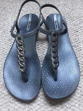 Ipanema sandals Uk 5 Eur 38 (Brazil 36) (Us 7)Grey Silver Flip Flops VGC
