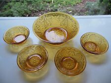 Tiara Indiana Glass Amber Sandwich 5 piece Berry Bowl Set