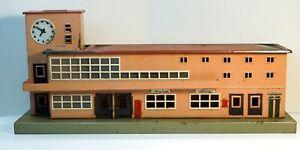 One Marklin 418.5 Friedrichshafen Station Building H0 (HO) Scale 1947-1948 (#2)