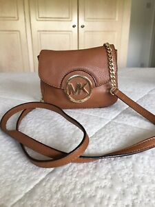 Michael Kors Crossbody Bag With Warm Brown & Gold Accents Part Chain Strap