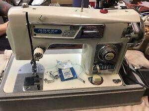 Vintage Morse Fotomatic IV Auto Zig Zag Sewing Machine Model 4300 Case&Pedal F7