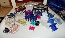 "Lot of 22 Claw hair clips in a variety of colors and sizes 1"" to 6"""