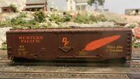 Walthers Trainline RTR HO Western Pacific Plug Door Boxcar Kunckle Couplers NIB