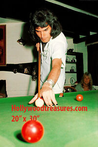 "Freddie Mercury~Queen~Billiards~Shooting Pool~Playing Pool~Photo~Poster 20""x 30"""