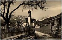 Wallgau Bayern Postkarte 1958 Teilansicht Kirche mit Wetterstein und Zugspitze