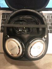 ABLE PLANET Linx Audio Noise Cancelling Padded Headphones Silver/Black with Case
