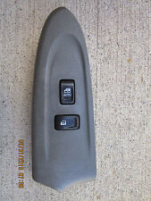 02 - 05 CHEVY TRAILBLAZER PASSENGER RIGHT SIDE POWER WINDOW SWITCH P/N 15180057