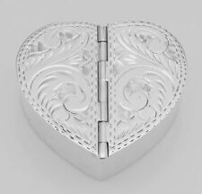 Classic Sterling Silver 2 Compartment Heart Pill Box with Etched. Lot 20161206