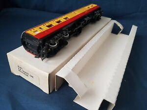 HORNBY R892 B.R MK1 BLOOD & CUSTARD BUFFET CAR  WITH RARE WHITE BOX EXCELLENT